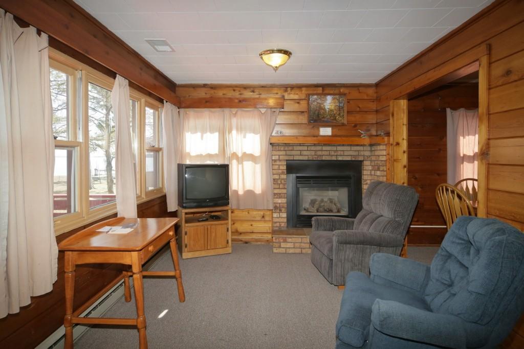 2 Bedroom Economy Villas at Ruttger's Birchmont Lodge in Bemidji, MN