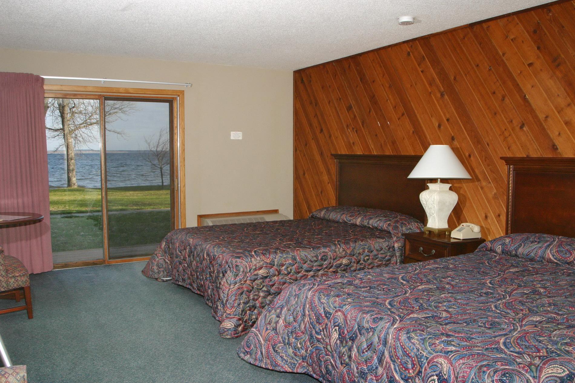 32-beds-window