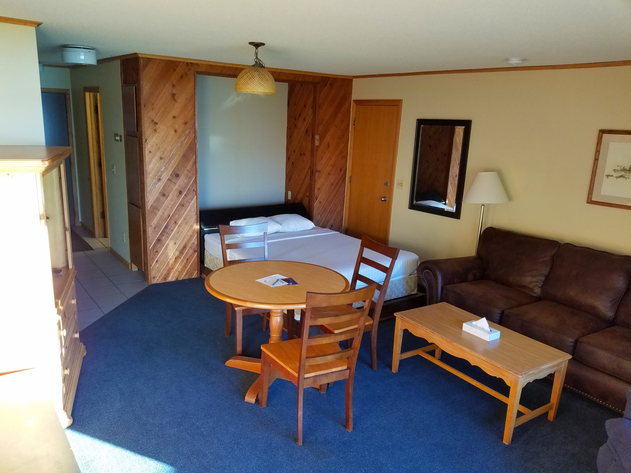 Cedar Lodge Room 34 6