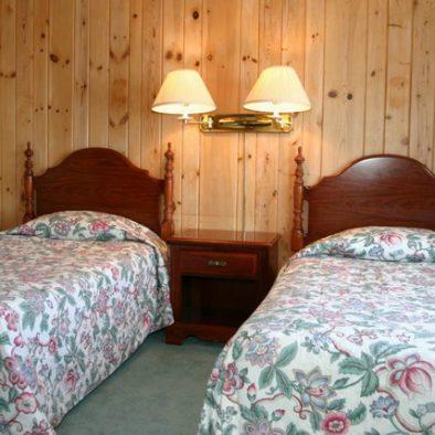 Main Lodge Lakefront Suites at Ruttger's Birchmont Lodge