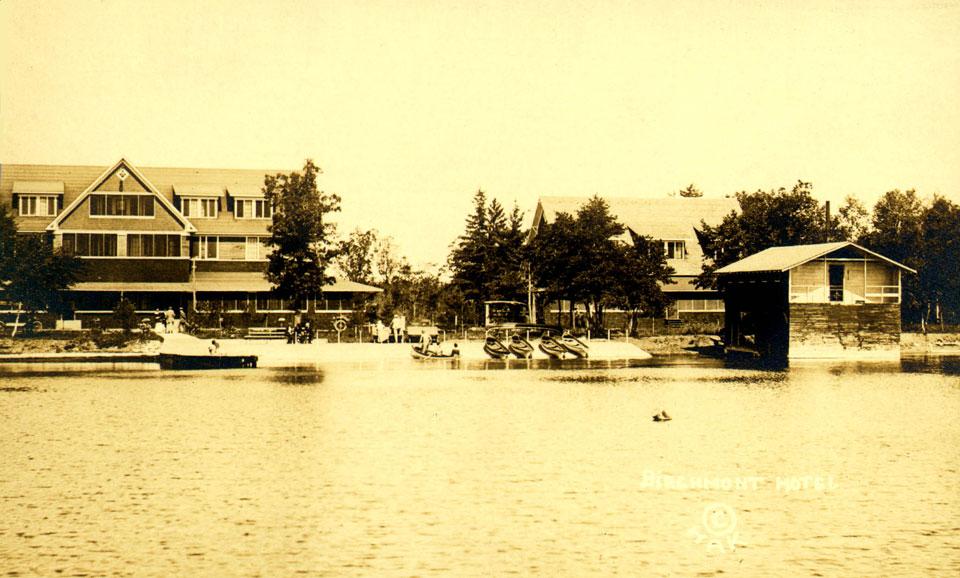 Birchmont Hotel circa 1918