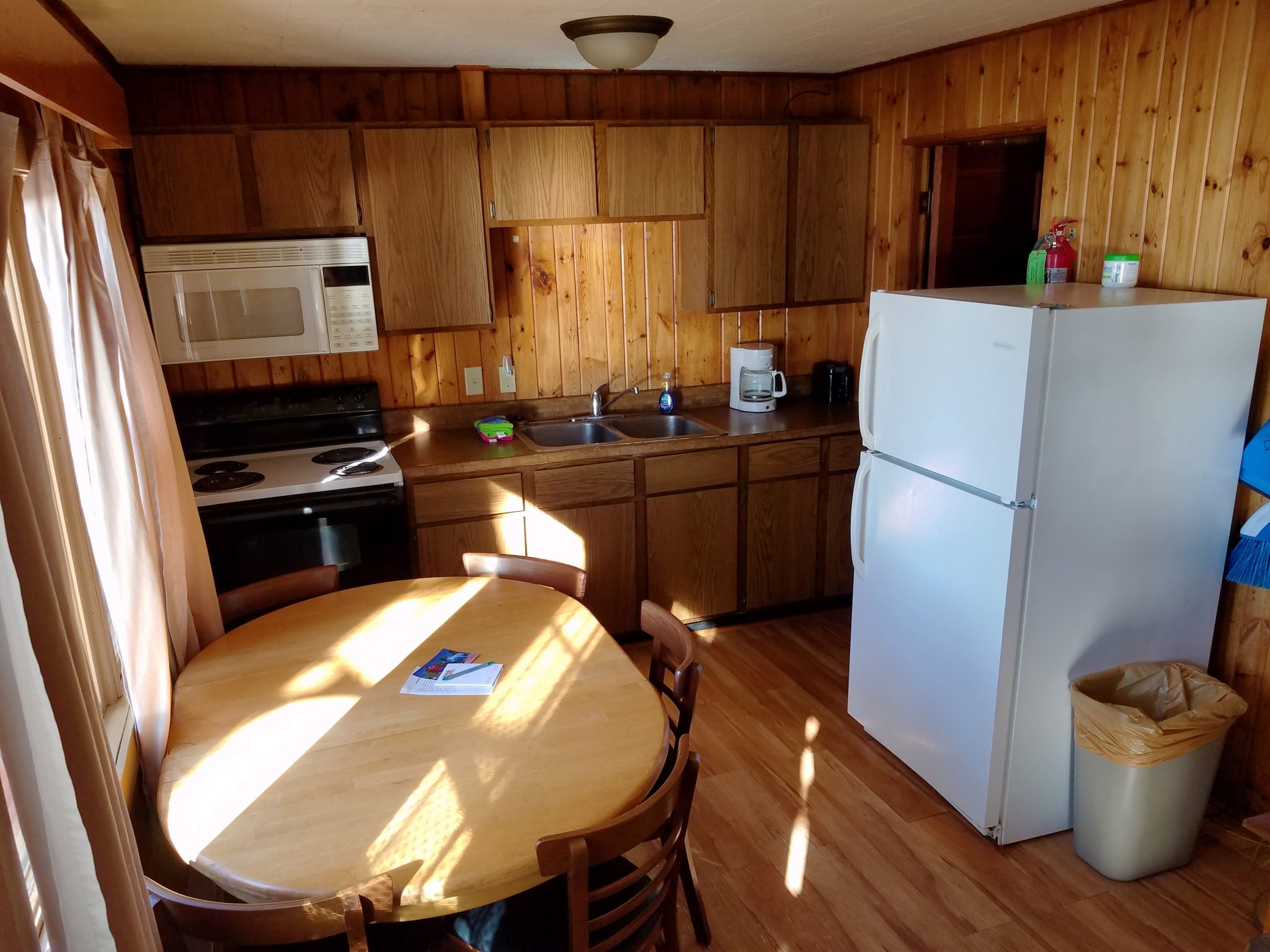 Cabin 30 Kitchen and Dining
