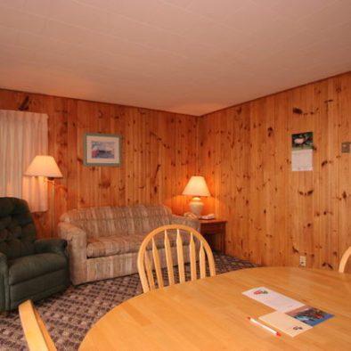 1 Bedroom Kitchenette Cottages at Ruttger's Birchmont Lodge on Lake Bemidji
