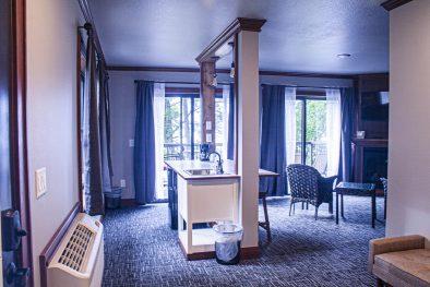Birchmont Suite 1