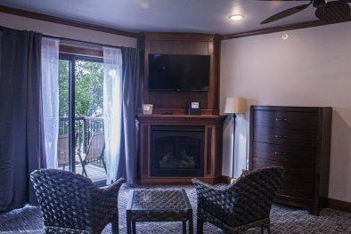 Birchmont Suite 3