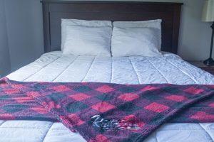 Queen Room 4 Pillow
