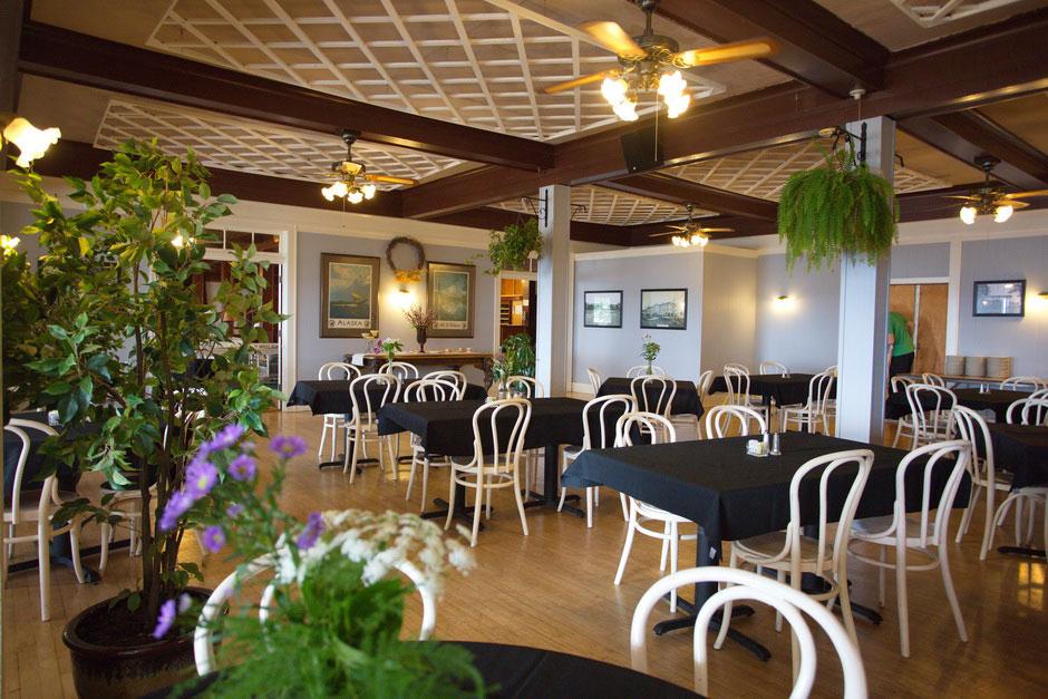 Dining Room circa 2015. Ruttger's Birchmont Lodge in Bemidji, MN