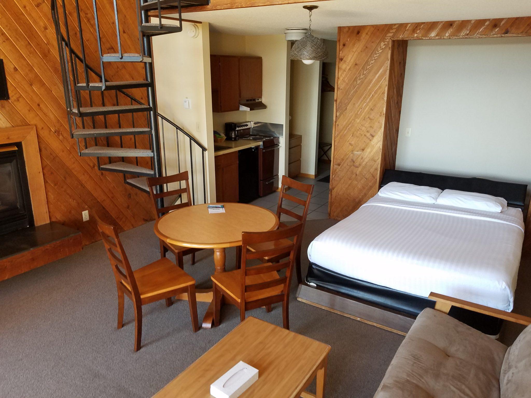 Cedar Lodge Room 38 5