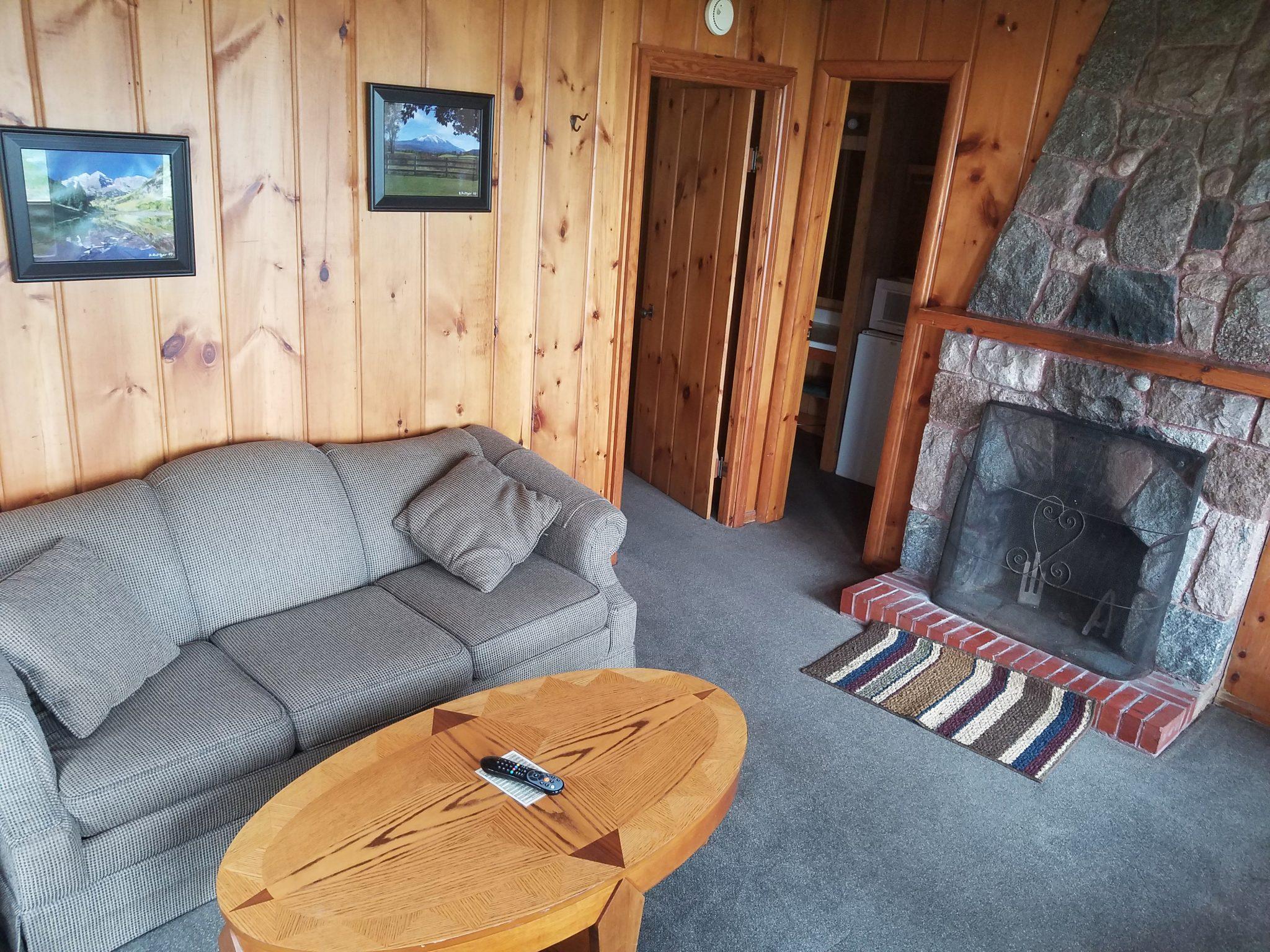 Cottage 20 Living
