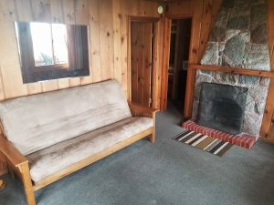 Cottage 22 Living 2