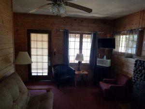 Cottage 10 Living 2