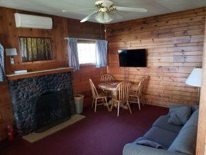 Cottage 11 Living