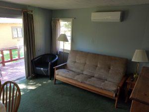 Cottage 4 Living 1