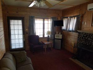 Cottage 9 Living 2